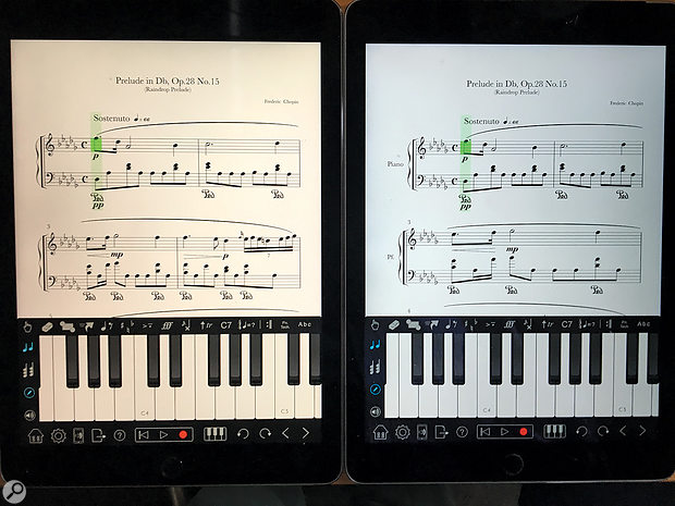 Here you can see the difference between an iPad Pro with a True Tone display (left), and an iPad Air 2 running Notion.