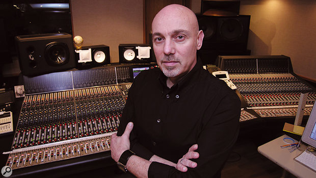 As well as the White Stripes, Joe Chiccarelli has worked with Frank Zappa, Beck, Counting Crows, Bon Jovi and U2, and more recently the Shins, the Hives and Mika.