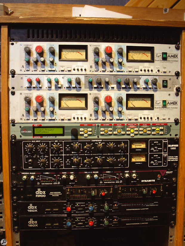 From top: Amek dual compressor/limiters (x2), Antares AVP1 vocal processor, Drawmer 1960 voice channel, Valley People Dynamite compressor, Dbx 902 de-essers (x2) and 160X compressors (x2).