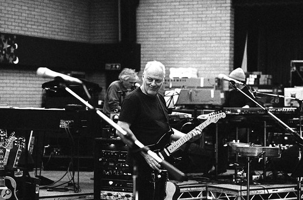 David Gilmour rehearses with his touring band, featuring Phil Manzanera and Pink Floyd's Rick Wright, for live dates in support of the album.