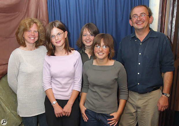 Studio SOS: The Harding Family.