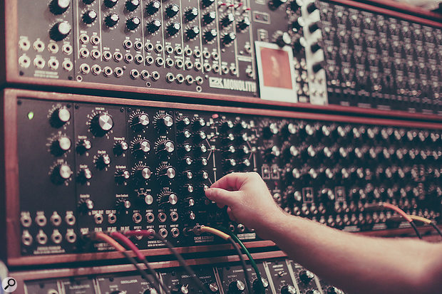 Stranger Things: modular synth.