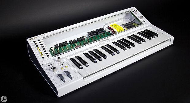 Waldorf kb37 keyboard.