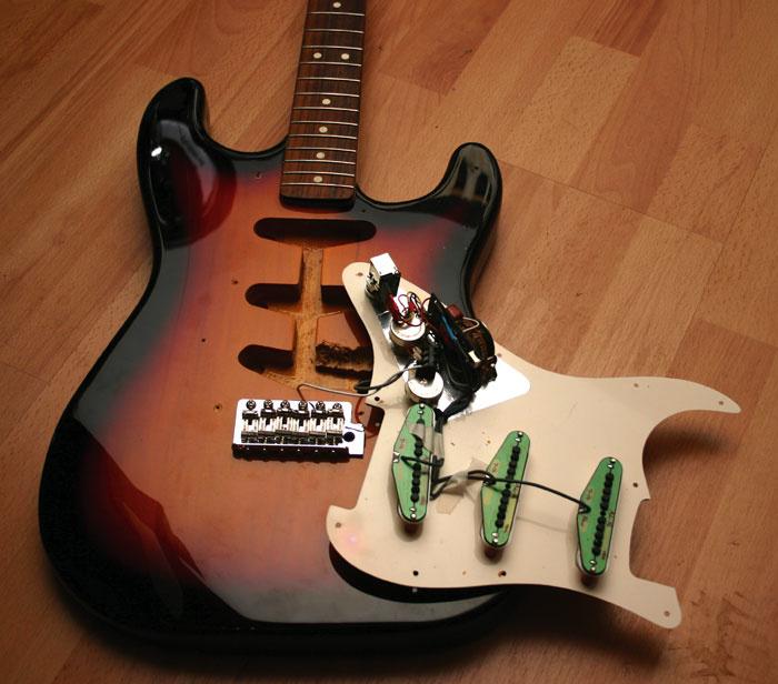 Kinman No-solder Harness & Pickup Set |