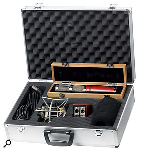 The CK40 ships in an aluminium case, with a wind shield, a splitter box, a shockmount and a five-pin XLR cable. The mic itself is further protected in a felt-lined wooden box.