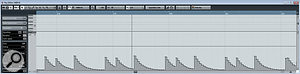 Here, I've recorded the MIDI CC data corresponding to the peak level of one frequencyband on akick‑drum track. As you can see, the 'sample rate' is quite low, limiting theaccuracy with which the curve can represent the original dynamics.