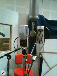 A typical three-mic setup for recording Caro Emerald's vocals, with an RCA 44BX ribbon mic (left), aTelefunken CMV3 'bottle' tube mic (centre) and Josephson C700A (right).