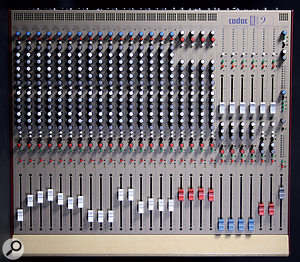 Though designated as a24-channel desk, the Live 1 2442 can actually accommodate atotal of 34 analogue inputs.