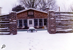 Chip Young's Young'un Sound studio in wintertime.