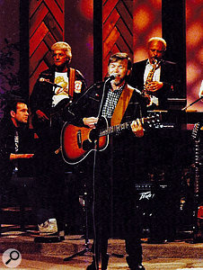 Billy Swan performing 'I Can Help' live.
