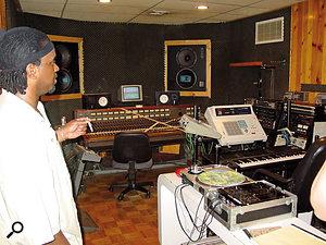 D&D Studio B, with pride of place reserved for DJ Premier's veteran Akai MPC60 sampling drum machine.