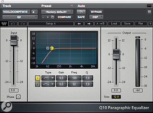 Ken Andrews' vocal chain for Paramore singer Hayley Williams: Waves Q10 high-pass filter and C4 multi-band compressor, Waves CLA3A compressor, Cranesong Phoenix 'analogue warmth' plug-in and Waves De-esser.