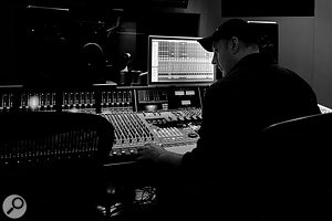 Andy Smith has been Paul Simon's engineer of choice for many years, and helped to set up the singer‑songwriter's Connecticut home studio. This shot was taken at Germano Studios, where percussion and vocals were overdubbed.