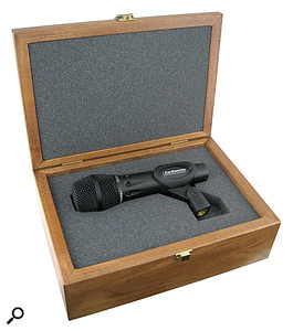 3: The included wooden box is very attractive and provides plenty of protection, but isn't ideal for live use.