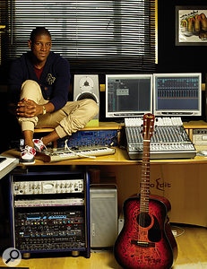 Labrinth's setup is based around an Apple Mac G5 running Logic.