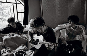 One of MGMT's musical heroes, Pete Kember of Spacemen 3 (left), came to Malibu with the band as producer.