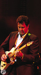 'Triple threat' Vince Gill.