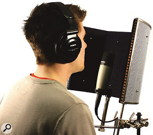 Q Which portable vocal screen shouldI buy?