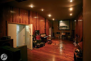 The large live area at Konk still has its original wood panelling.
