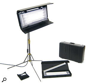 The Kin Flo Diva 400 kit is arelatively high‑end fluorescent lighting solution, providing soft, controllable light with no visible flickering.
