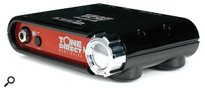 The Toneport DI provides extremely low-latency monitoring and serves as a dongle for the Gearbox Plug-in software.