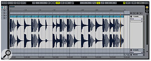 The loop has now been sliced at each transient. Note the multiple small clips above the waveform.