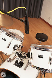 Although separate mics may be preferable, you can use a cardioid pattern to capture both toms, as the pattern is reasonably wide to the front of the mic, while it provides significant rejection to the rear, helping to avoid spill from cymbals.