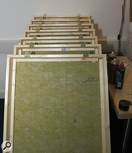 The picture-hanging plates used to mount the traps on the walls, so that they can easily be lifted down.