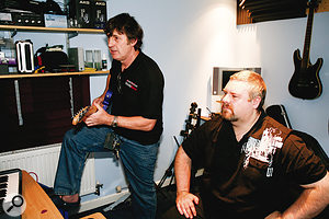 Paul White experiments with Michael's Avid Eleven guitar amp modelling system. He came to the conclusion that it would offer Michael abetter result than miking acabinet — which he'd usually prefer — in this particular space.