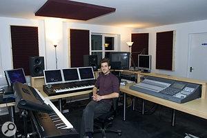 Studio SOS