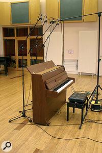 Recording Techniques For Upright Piano