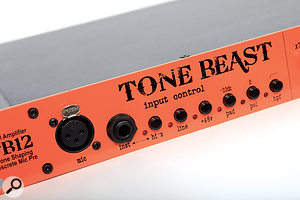 Flexible input section: the Tone Beast offers all standard feature of amicrophone preamp, including a-20 dB pad, ahi-z instrument input and ahigh pass filter