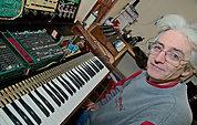 Kent Spong: vintage instrument restorer.
