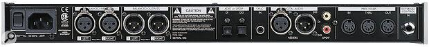 TC Electronic M3000 rear panel.