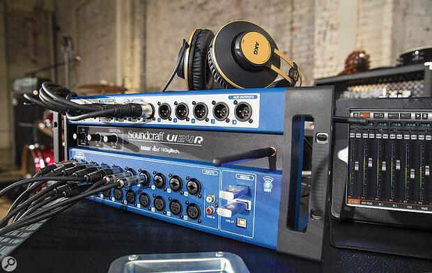 Soundcraft Ui24R.