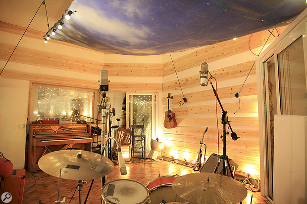 Many of the album tracks began life as improvisations in the live room in Brett Shaw's 123 Studios.