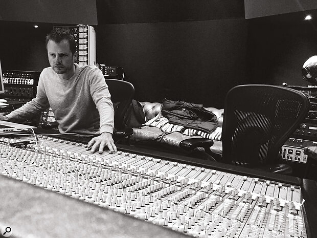 In addition to his mixing work, Pete Hofmann is Operations Director for the international Miloco Group of recording studios.
