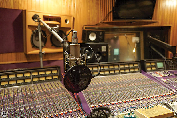 Lana Del Rey's vocals were recorded in the control room on a Wunder CM7 S valve microphone.