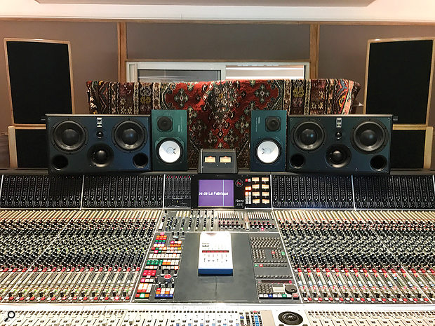 Joe Chiccarelli and Maxime Le Guil made extensive use of the routing and automation capabilities on the Neve desks both at Forum and, here, at La Fabrique.