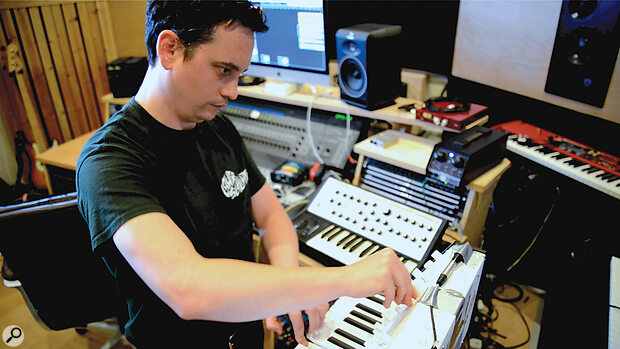 As well as live instruments, Viscerals features the sound of a Korg MS20 and a Moog Sub Phatty.