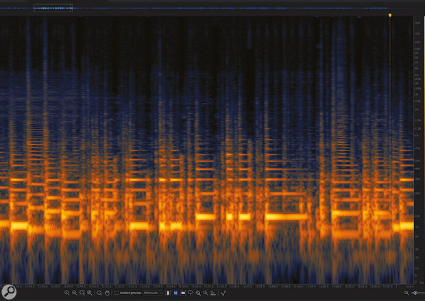 Screen 3: The mid‑ and high‑frequency sections of each click have been removed, but there's still some residual noise in the low frequencies.