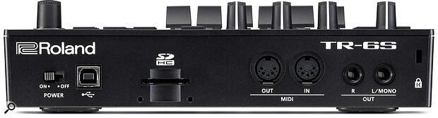 At the back of the TR‑6S we find an SD card slot, two full‑fat MIDI I/O ports and a pair of quarter‑inch audio outputs.