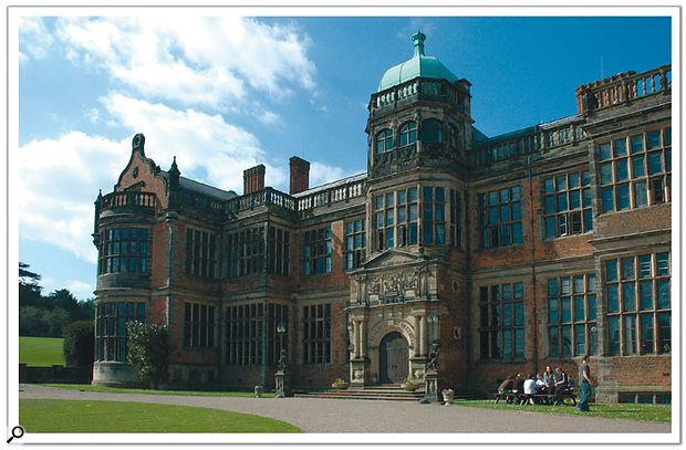 Studio SOS: Ingestre Hall Residential Arts Centre