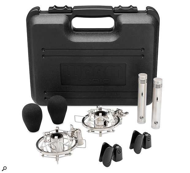 The stereo set comes in a plastic carrying case, along with foam windshields, plastic mic clips and elastic cradle-style shockmounts.