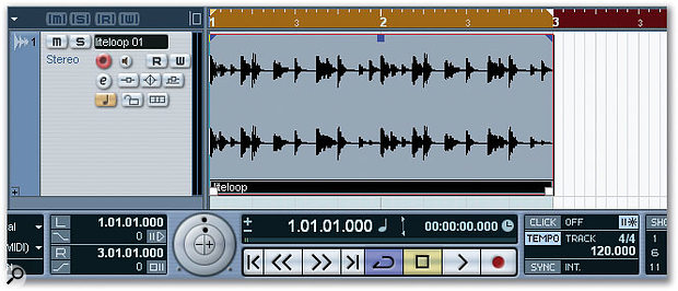 With the help of the Timewarp tool, the tempo of the Project now matches the tempo of the drum loop.