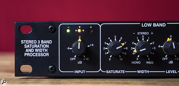 The input section gives you an indication of the ideal input level. The yellow LED on most of the time with occasional flickers of the red gives great results on many sources.