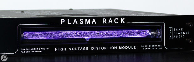 If Dr Frankenstein invented a distortion device, it would probably look something like this! The main distortion comes courtesy of a  high-voltage (5500 Volts), xenon-filled discharge tube, in which you can see your audio signal being processed.
