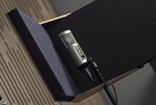 GIK Acoustics VISO Booth Portable Vocal Screen