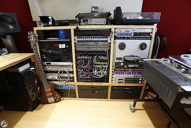 Studio SOS June 2020 - righthand 3-bay racks.