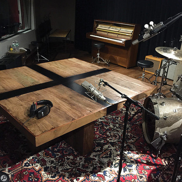 Not a misprint: Ahmir '?uestlove' Thompson really did perform a percussion overdub on a table!